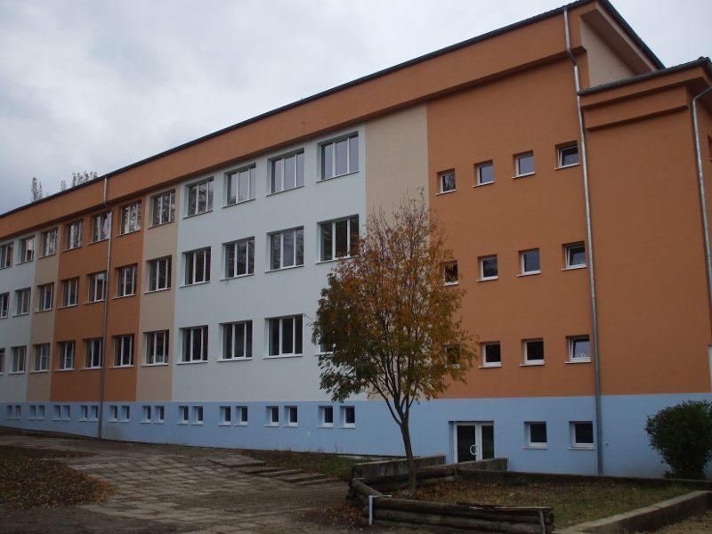okolie007_20101029_1795299991.jpg
