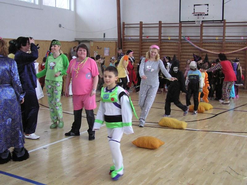 1002-karneval-01_20100208_1922752238.jpg