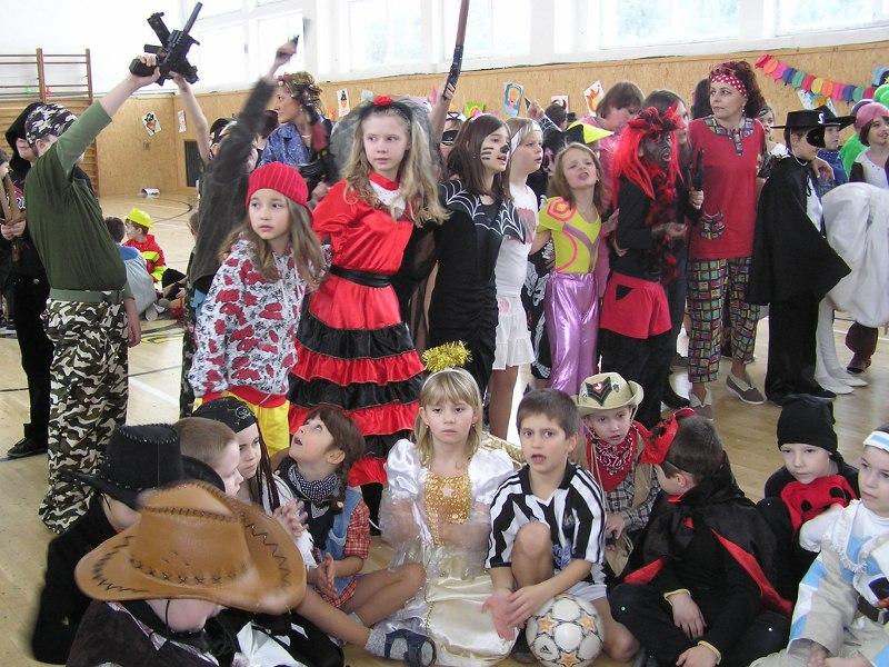 1002-karneval-03_20100208_1973650275.jpg