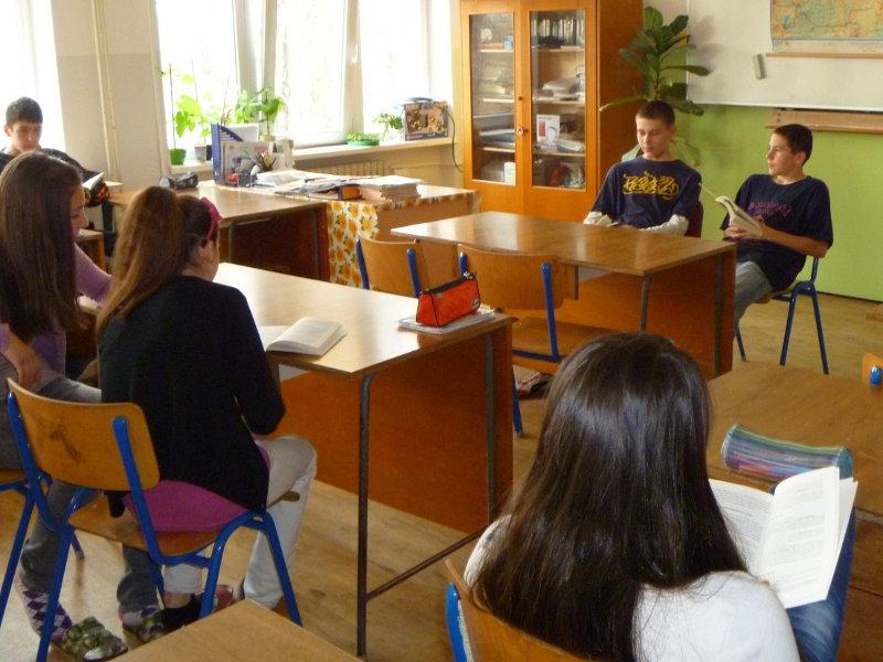 den-ucitelov-12-120_20120331_1373418765.jpg
